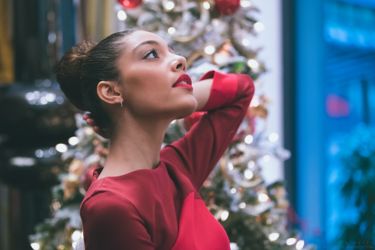 MissUniverse_Christmas_171214-5