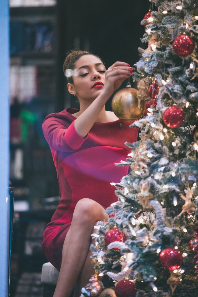 MissUniverse_Christmas_171214-6